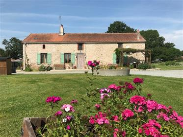 Beautiful fully renovated farmhouse with many extras
