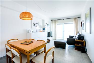 Διαμέρισμα 3 υπνοδωματίων με θέα στη θάλασσα 300 μέτρα από την παραλία