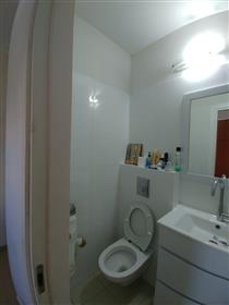 Stunning 3Br, 2Bt apartment, 100Sqm spacious, bright, and quiet.