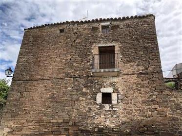 Oportunidad: Venta Casa Piedra Con Jardín En Pueblo Del Pirineo