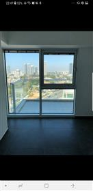 Apartment in Midtown Tel Aviv building