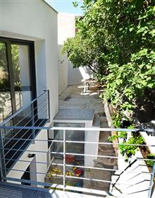 Large architect's house 200 M2 - terrace - Garden - Sea, vil...