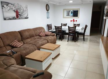 Stunning 5Br, 2Bt Private house, 240Sqm lot