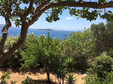 Φανταστικό οικόπεδο με ανεμπόδιστη θέα στη θάλασσα