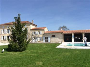 Fully renovated house with pool