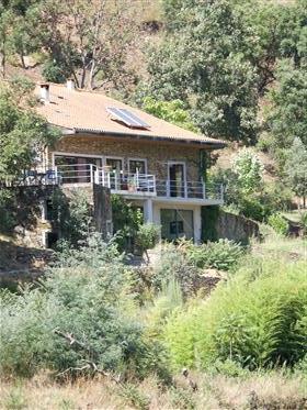 Krásný dům u řeky Alva