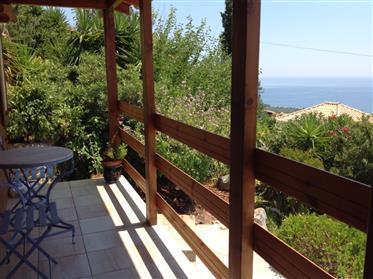 Von Privat zu verkaufen: Freistehendes mit Panoramablick  Haus -50m2