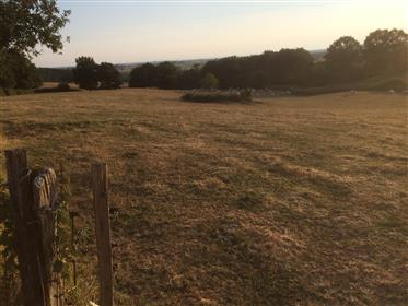 Reovated farma kuća sa štalama
