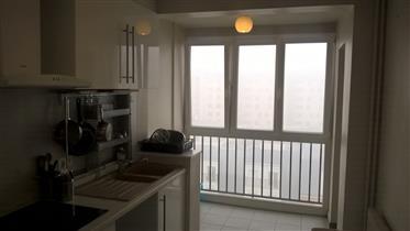 Vendita 3-camera appartamento 60 m2 Castello