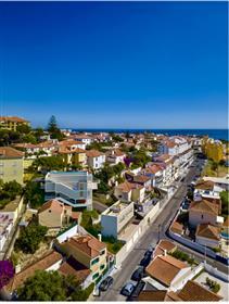 Zriedkavé nájsť: Výhľad na oceán krajiny pre váš sen vily v prestížnej štvrti v Estoril.