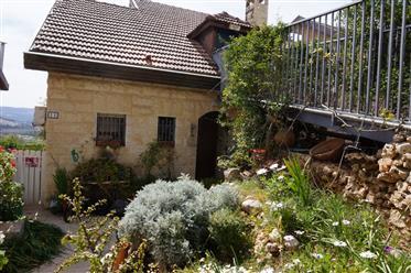 Erstaunliche Villa, Geräumig Hell und ruhig, 380qm