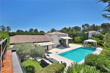 2012 Superb Architect Designed Villa In Roquefort Les Pins