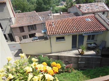 Dorpshuis bij Carcassonne