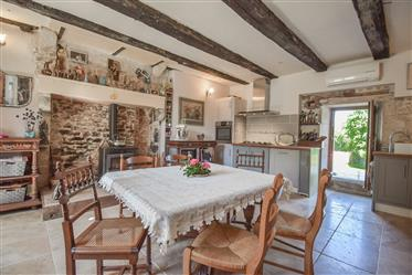 Renovated detached character house with gîte, 3 +3 bedrooms, double-glazed, central heating, gardens
