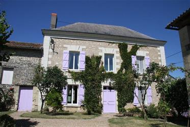 Beautiful early 20th century country house, with extensive grounds and outbuildings