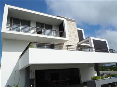 Superbe villa avec piscine proche Nazaré