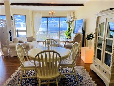 4-Bedroom apartment in Caniço de Baixo, with majestic ocean view
