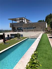 Modern huis en 3 guesthouses