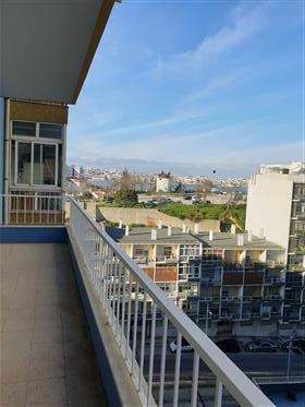 Bel appartement confortable à Cacilhas/Almada en face de Lisbonne