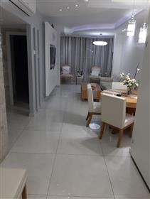 Nouvel appartement entièrement rénové, 95Sqm, à Ramla