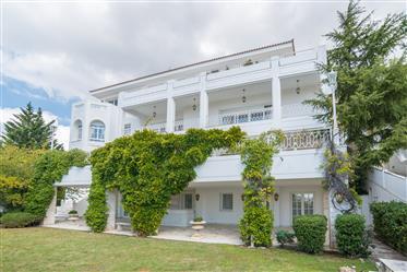 Villa en Atenas