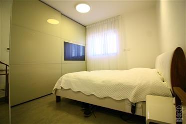 """דופלקס חדש בן 5 חדרים, 162 מ""""ר, בקרית השלום, ירושלים"""