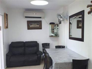 Unique apartment!, in the heart of the Torah center in Jerus...