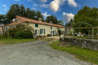 Farmhouse full of Character, Cottage, Gite plus Swimming pool in large grounds