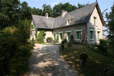 Maison dans les bois dans le Val De Saire