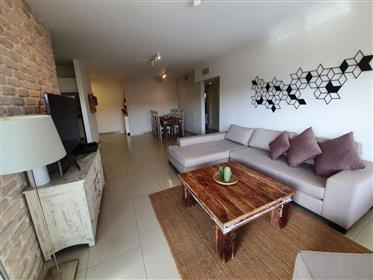 דירה יפה, מרווחת ושקטה, באשקלון
