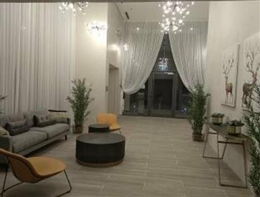 Nouvel appartement magnifique et surclassé. À Ou Akiva.