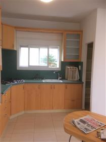 Spacious, bright and quiet apartment, 94 Sqm, in Haifa