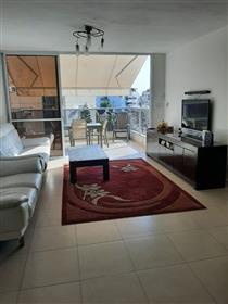 5-Room apartment, renovated, 128 Sqm, in Rishon LeTsiyon