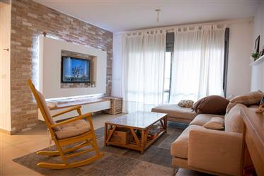 Designed and upgraded apartment, 100Sqm, in Hadera