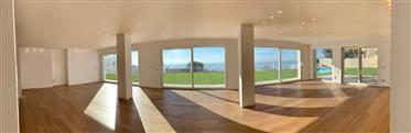 Villa Front Sea Eze Superior