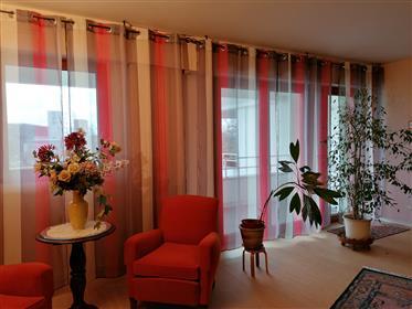 Vende apartamento com vista para terraço no Loire