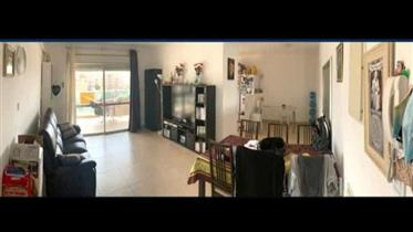 Bargain, 120Sqm apartment, Spacious and bright, in Ramat Beit Shemesh