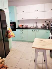 Spacious and quiet 5-room apartment, 127Sqm, in Netanya