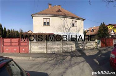 Vand casa cu teren Calea Dumbravii