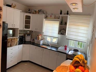 Emplacement principal, Bel appartement, 86 m², à Beit Shemesh