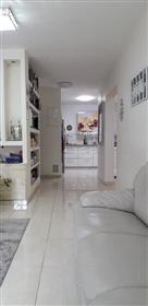 Nouvelle chambre entièrement rénovée de 4,5 chambres, 100 M², à Givat Mordechai, Jérusalem