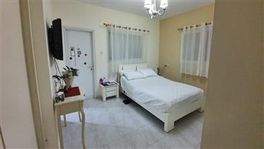 Beautiful, Spacious, bright and quiet apartment, 148 Sqm, in Beersheba