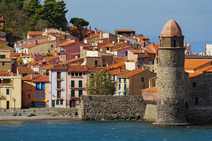 Village de Collioure sur la côte de Vermeille, France